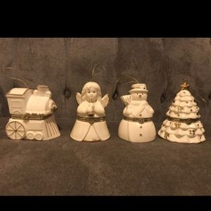 Set of 4 mr. Christmas musical box ornaments